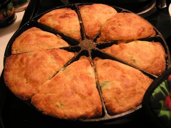 Sweet Cheesy Jalapeno Cornbread Recipe