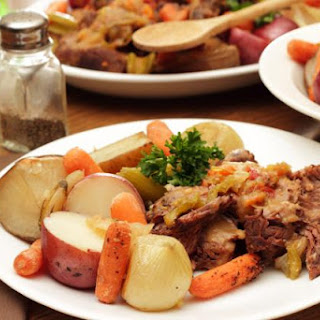 Slow Braised Beef Pot Roast With Potatoes
