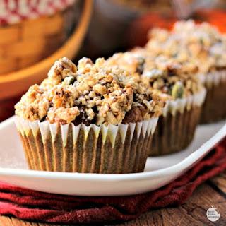 Pumpkin Spice Cranberry Crunch Muffins