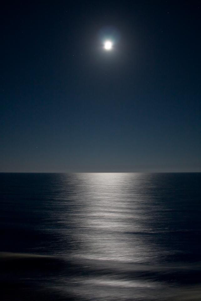Di notte... la luna sul mare di androx3k