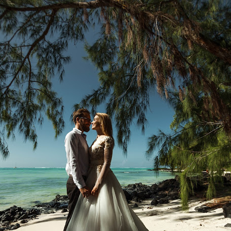 Wedding photographer Anastasiya Shugina (mauritiusphotog). Photo of 27.12.2016