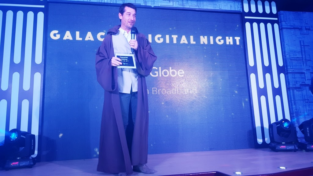 SPEAKING IN FRONT OF THE DIGITAL INFLUENCERS DAN HORAN, SENIOR ADVISOR FOR CONSUMER BUSINESS, GLOBE