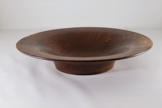 Photo: Mike Colella side view bowl [walnut]