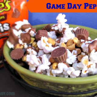 Game Day Pep-Corn with REESE'S® Minis