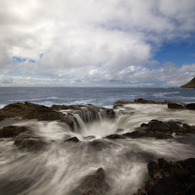 Thor's Well by Stephen Berry - Landscapes Waterscapes ( thor's well )