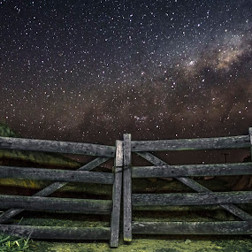 Gate of the Stars by Matheus Dalmazzo - Landscapes Starscapes ( itapetininga, exposition, via, lactea, milk, way, long, gate )