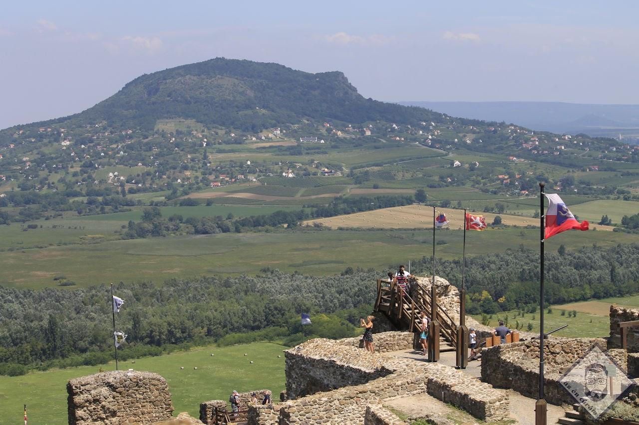 KÉP / Uticélunk a Szent György-hegy Szigliget várából