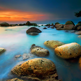 by Hendra Heng - Landscapes Waterscapes