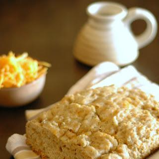 Crockpot Cheddar Ale Bread with Dill