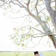 Wedding photographer Muzakhkir Amat Nooh (muzakhkiramatno). Photo of 04.01.2016