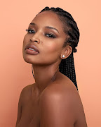 Ayanda Thabethe shows us how to do the feather brow look.