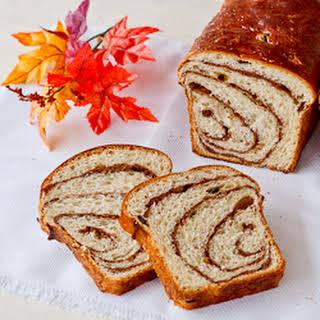 Walnut Sweet Bread (Cozonac cu Nuca).