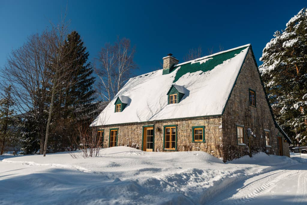 Cottages for rent near a ski mountain in Quebec City #7