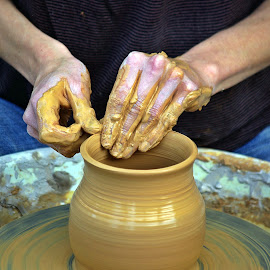 Working hands by Ciprian Apetrei - People Body Parts ( pottery, hands, working, artistic object, brittany )