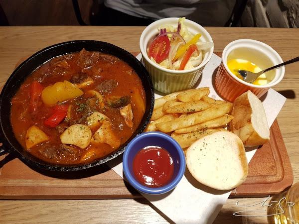 逗子Dos Pisos ➤ 逗子皮索義大利餐廳~好吃義大利燉飯/麵讓人一來再來 ! 附近上班族喜愛美食!不訂位就會吃不到囉 !