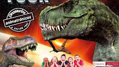 Cartel Dinosaurs Tour en el Palacio de Congresos de Aguadulce.