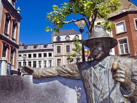 Discover Liège, une balade gourmande insolite
