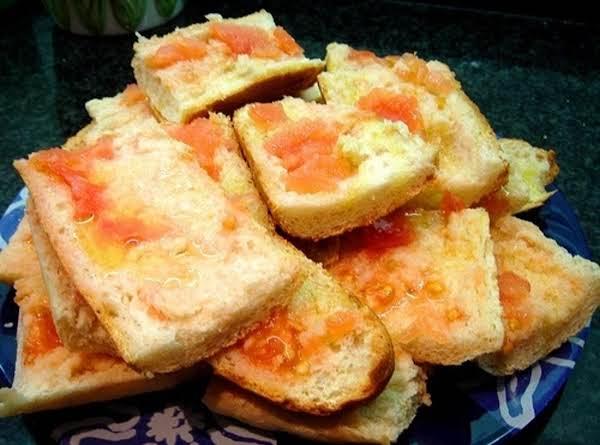 Tomaqto Bread
