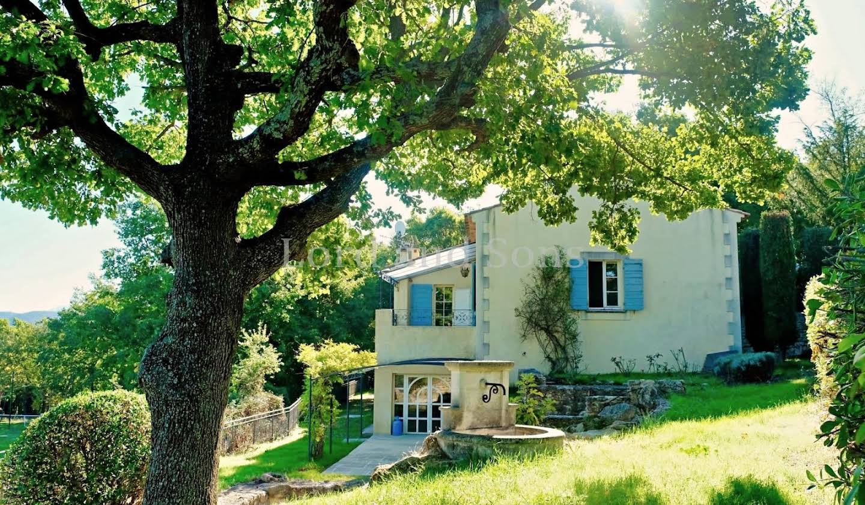 Maison Lacoste