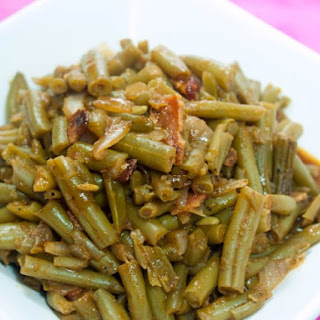 Slow Cooker Barbecue Green Beans.