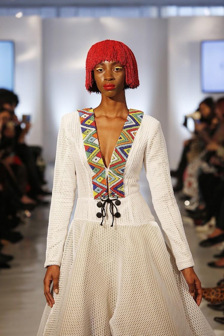 photos nandi madida makes new york fashion week debut. Black Bedroom Furniture Sets. Home Design Ideas