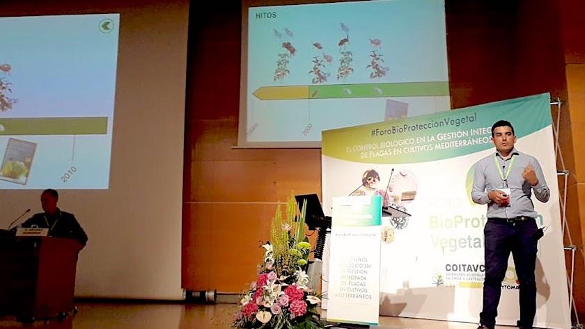 El director de I+D de Koppert España, Javier Calvo, en el I Foro de Bioprotección Vegetal celebrado en Valencia.