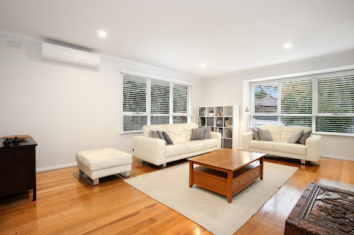 Photo of property at 3 Tavistock Road, Frankston South 3199