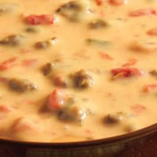 VELVEETA® Spicy Sausage Dip Recipe