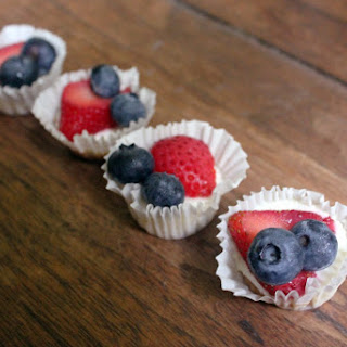 Berry Yogurt Cheesecake Cupcakes