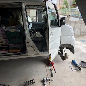 ハイエースバン TRH200V DXのカスタム事例画像 yossy03@黒バンパー愛好会さんの2018年08月11日19:24の投稿