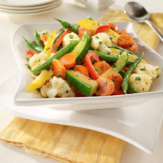 Steamed Vegetables With Herb Stir-Ins.