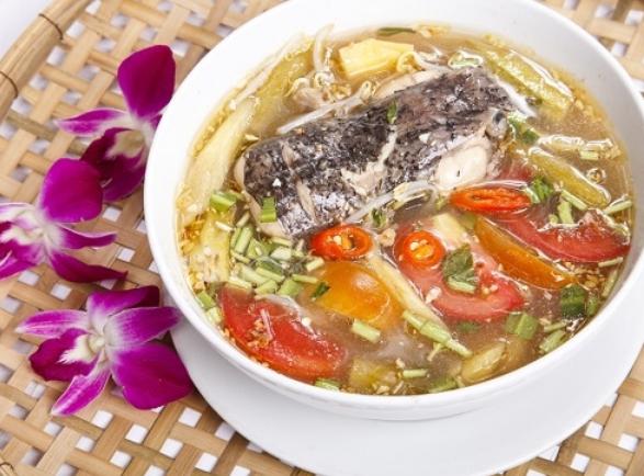 Cá đuối nấu gì ngon?Canh chua cá đuối là một món ăn rất đưa cơm