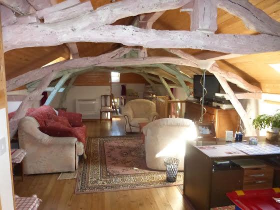 Vente propriété 8 pièces 210 m2