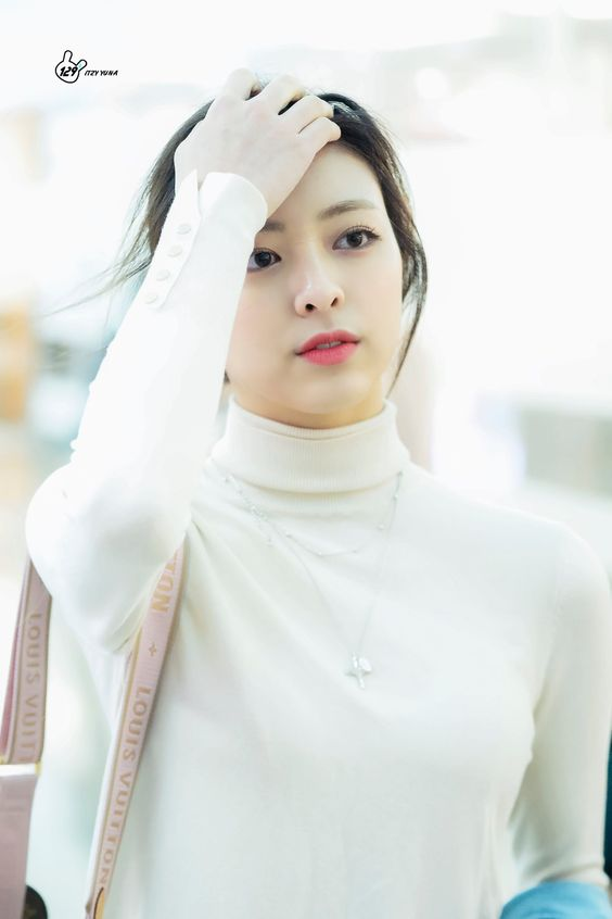 yuna casual 25