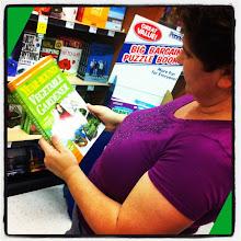 Photo: Thinking of year-round gardening #intercer #garden #book #vegetables #veggies #plant #plants #woman #green #library #fresh #organic #nature #flower #flowers #salad #fruits - via Instagram, http://instagr.am/p/NpKERppfuU/