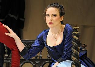 Photo: Wiener Volksoper: LE NOZZE DI FIGARO - Inszenierung Marco Arturo Marelli. Premiere am 25.11.2012. Rebecca Nelsen. Foto: Barbara Zeininger