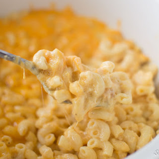 Four Cheese Slow Cooker Macaroni and Cheese