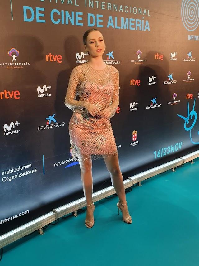 Ester Expósito, en el photocall de la gala. (Foto: Cine en Serie)