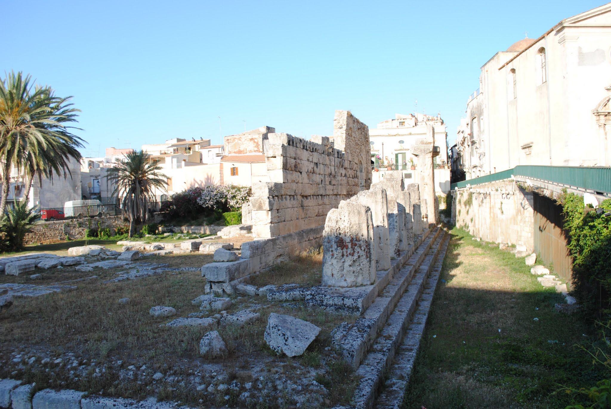 My Photos: Italy -- Sicily -- Siracusa -- Temple of Apollo
