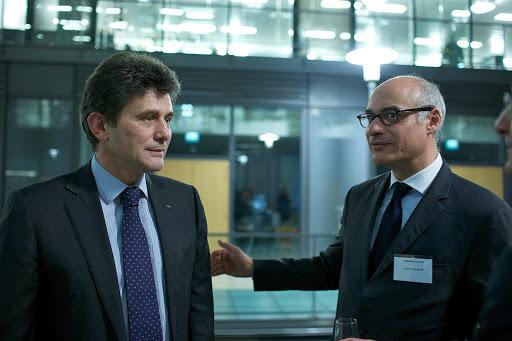 Club Les Echos Débats avec Henri de Castries, Président Directeur Général d'AXA