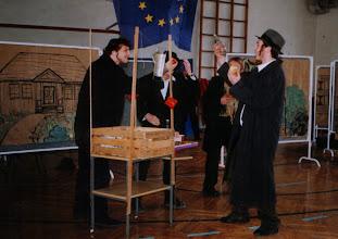 Photo: Święto Patrona Szkoły, 03. 2004 r.  Żydzi wiśniccy C.Hołownia, M.Wojtoń, P.Zietek (Matejko), A.Kantor