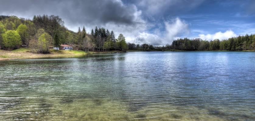 La casa sul lago di Roberto Simonazzi