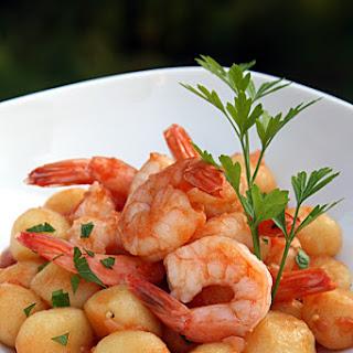 Gnocchi con Scampi {Gnocchi with Shrimp}.
