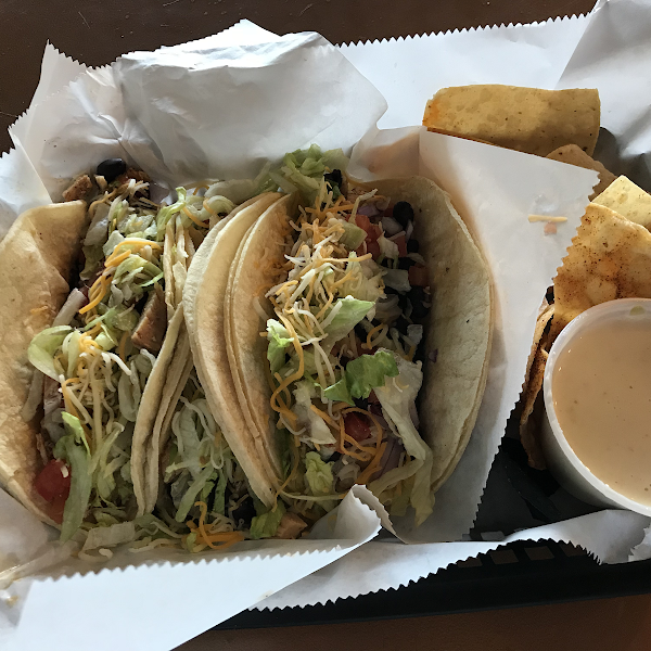 Tacos, chips, queso