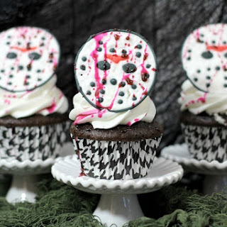 Friday the 13th Jason Mask Halloween Cupcakes