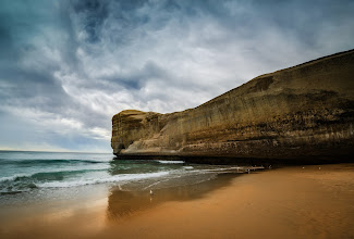 Photo: Tunnel Beach, Dunedin  A few days ago I was in Dunedin... thanks for all the suggestions to go to this amazing beach. Here's a photo I just finished to share with you!