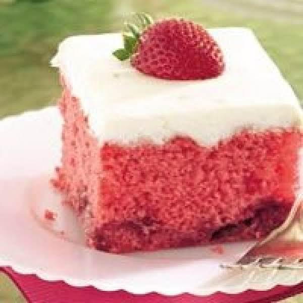 Strawberry Daiquiri Cake Recipe