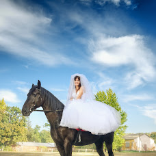 Wedding photographer Maksim Bondarenko (maksymbondarenko). Photo of 11.10.2015