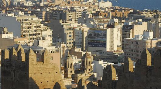 382 euros: es lo que paga cada almeriense en impuestos al Ayuntamiento