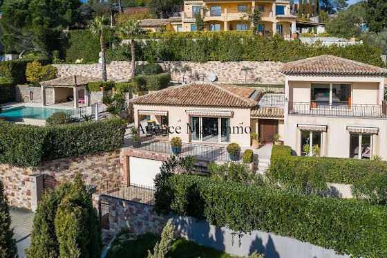 Vente villa 5 pièces 181 m2